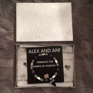 Alex And Ani Bracalet